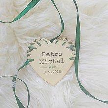 Darčeky pre svadobčanov - Magnetka pre hostí v tvare srdiečka - 9678805_