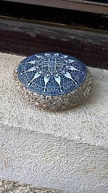 Dekorácie - Ako modrotlač - Na kameni maľované - 9679165_