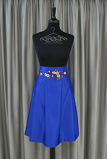 Sukne - Sukňa v royalblue farbe s výšivkou - 9685279_