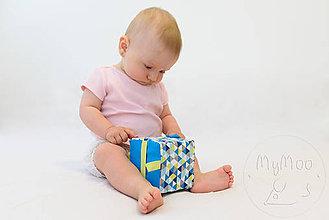 Hračky - Úchopová kocka, busy cube - modro/zelená - 9683282_