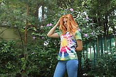 Tričká - Hippies batikované tričko dúhové slnko - 9684890_