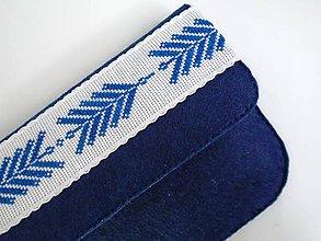 Kabelky - Listová kabelka s výšivkou (Tmavomodrá) - 9687240_