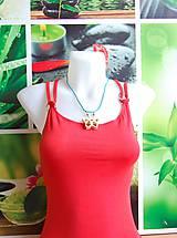 Náhrdelníky - Drevený náhrdelník - Motýľ - 9687748_