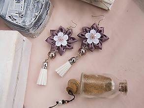 Náušnice - Náušnice: Kvety so strapcom (Hnedo-bielo-ružové) - 9689261_