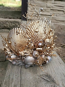 Ozdoby do vlasov - Korunka s lasturami, mušlemi a perličkami - 9687495_