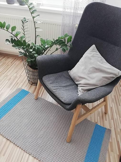 Háčkovaný koberec 100% bavlna, šeda a modrá