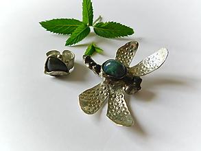 Sady šperkov - Set- Vážka pri rybníku - 9690870_