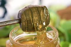 Potraviny - lipový med - 9691238_