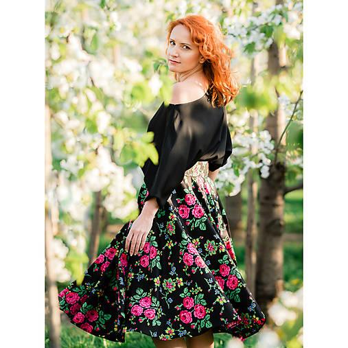 MARÍNA - kruhová kvetinová sukňa