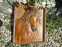 drevorezba - Kôň (Hnedá)