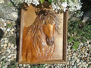 Obrazy - drevorezba - Kôň (Hnedá) - 9692245_