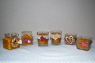 Svietidlá a sviečky - Sviečka z včelieho vosku v sklenom poháriku (ozdobiť na želanie) - 9692662_