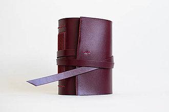 Papiernictvo - Ručne viazaný kožený zápisník Marieta - 9691590_