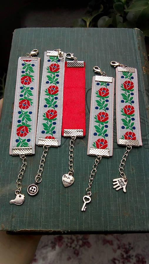 Ľudové detské náramky... biele   kiflike - SAShE.sk - Handmade ... 60850773b76