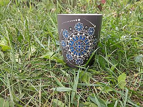 Nádoby - Šálka s kvetinovou mandalou - 9693396_