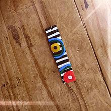Náhrdelníky - FIMO prívesok Na čiernobielom (abstrakt) - 9695906_