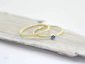 Prstene - 585/14k zlatý zásnubný komplet prsteňov s prírodným modrým zafírom - 9698099_