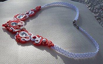 Náhrdelníky - Červeno-biely náhrdelník Štefi (Červená) - 9698373_