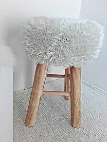 Nábytok - Taburet Scandinavia slonovinový chlpatý (Tyrkysová) - 9696237_