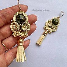 Náušnice - Ručne šité šujtášové náušniče / Soutache earrings  - Swarovski (Olive - olivova/béžová) - 9698148_