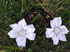 Detské doplnky - sponky v bielymi kvetmi AKCIA - 9697261_