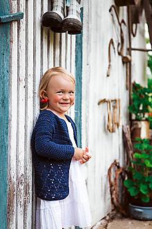Detské oblečenie - Tmavomodrý háčkovaný svetrík - 9698771_