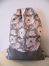 Batoh - ruksak -ruže a strieborná eko koža