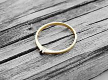 Prstene - 585/14k zlatý zásnubný prsteň s prírodným čiernym diamantom - 9705183_