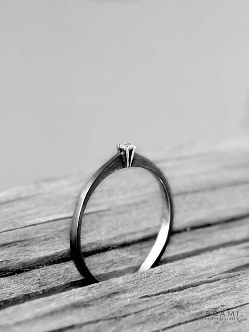 Prstene - 925/1000 Strieborný prsteň s diamantom Večne s tebou - 9706038_