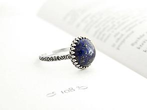 Prstene - Strieborný prsteň s prírodným Lapisom - 9704817_