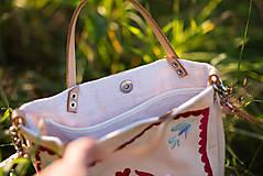 Veľké tašky - Vyšívaná taška Kvetna - 9706447_