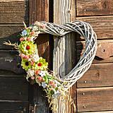 Dekorácie - Srdce na dvere so zelenou cíniou - 9705774_