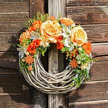 Dekorácie - Celoročný veniec s ružami - 9706530_