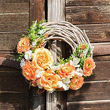 Dekorácie - Celoročný veniec s ružami - 9706613_