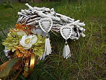 Náušnice biele velúrové strapcové