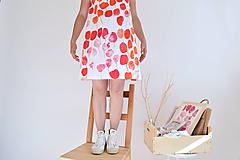 Šaty - Rozkvitnutá záhrada na šatách - 9707653_