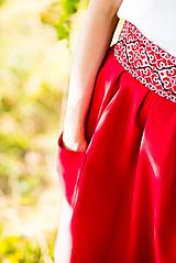 Sukne - Malinová sukňa s krížikovou výšivkou - 9707425_
