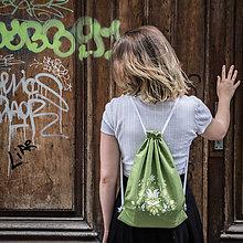 Batohy - Ručne maľovaný ruksačik - 9709583_