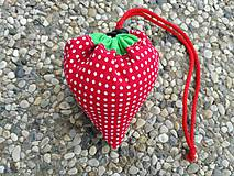 Nákupné tašky - Skladacia ekologická nákupná taška Jahoda. - 9707892_