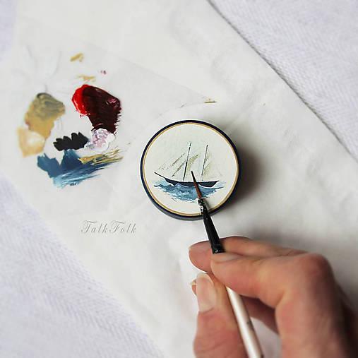Maľovaná šperkovnička s plachetnicou