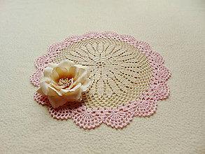 Úžitkový textil - Krémovo-ružová háčkovaná dečka - 9711445_