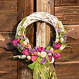 Dekorácie - Fialový veľkonočný venček na dvere - 9713209_