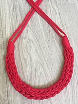 Náhrdelníky - Pletený náhrdelník - 9714229_