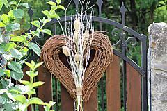 Dekorácie - Srdce s makovicami - 9718901_