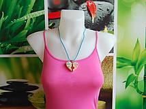 Náhrdelníky - Drevený náhrdelník - On & Ona - 9719050_