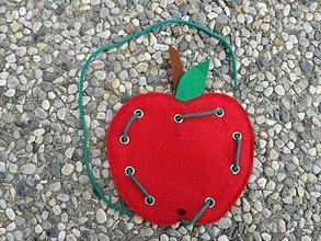 Hračky - Montessori prevliekačka jabĺčko. - 9717739_