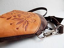 """Kabelky - PETIT """"Folk"""" mini kabelka s vypaľovaným obrázkom - 9718495_"""