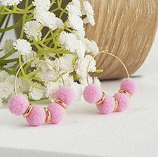 Náušnice - Malé kruhové náušnice s brmbolčekmi - ružová - 9722977_