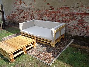 Nábytok - Paletový gauč