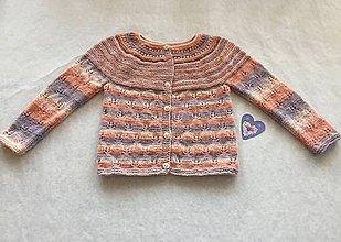 Detské oblečenie - Dievčenský sveter - 9730376_